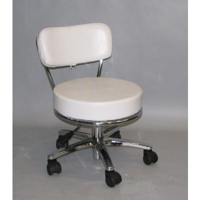 כסא גלגלים נמוך לפדיקוריסטית